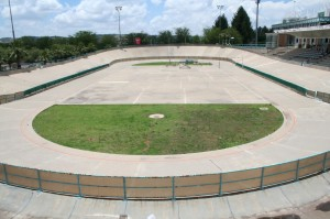 PRETORIA roller skating bank track in the middle of cycling track